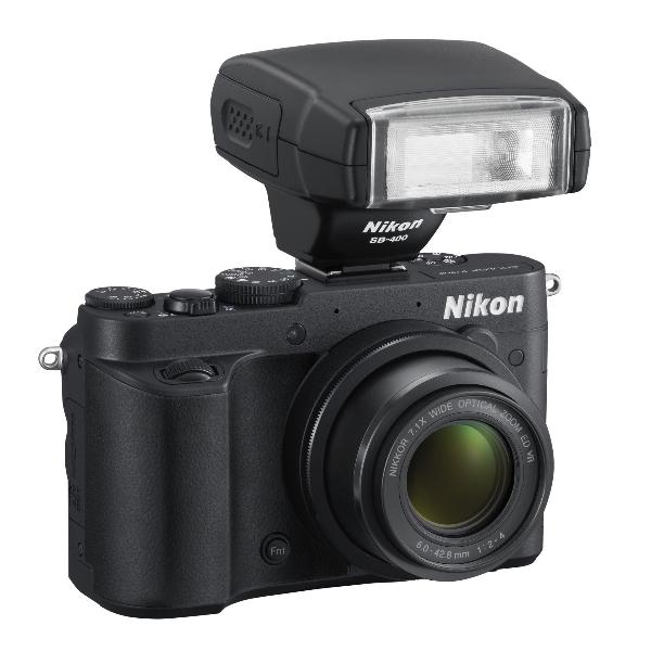 Kompaktní nálož od Nikonu