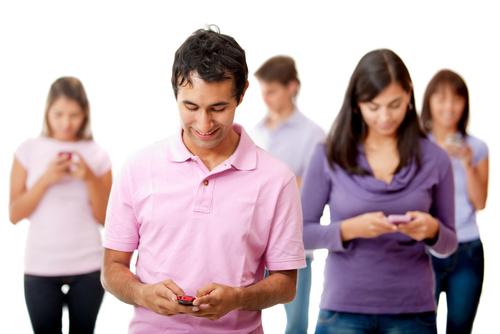 Přístrojů s mobilním internetem bude ještě letos víc než lidí