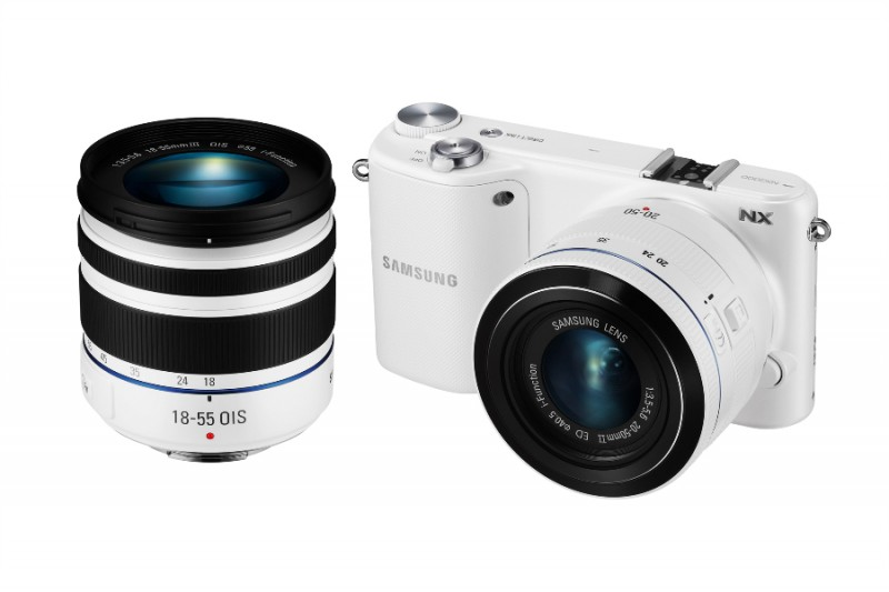 NX2000 White 7 with18-55
