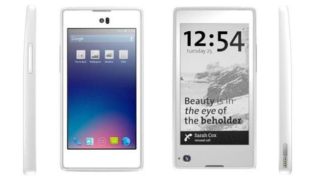 Smartphone se dvěma displeji