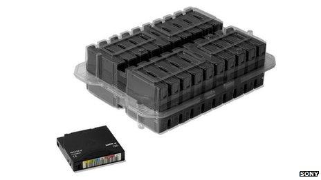 Magnetický pásek od Sony uloží neskutečných 185 GB dat