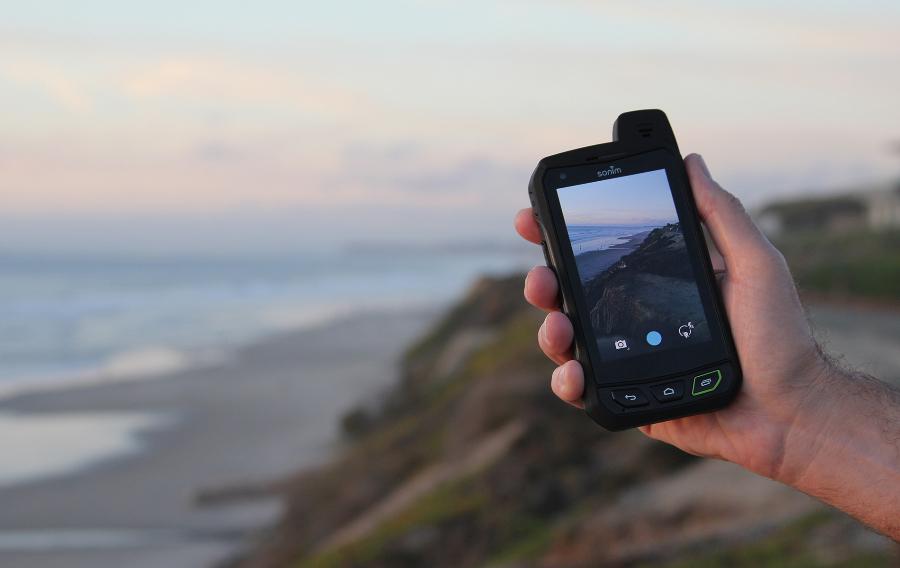 Sonim XP 7: Opravdu nerozbitný smartphone
