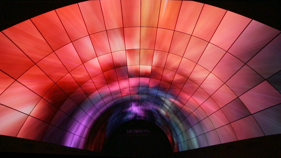 the LG OLED tunnel_14