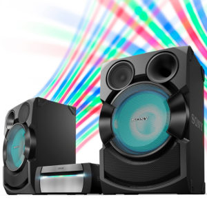 Vysoce výkonný audiosystém je nutností pro každou párty