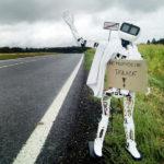 Robot Matylda si jede stopem do Pelhřimova pro rekord