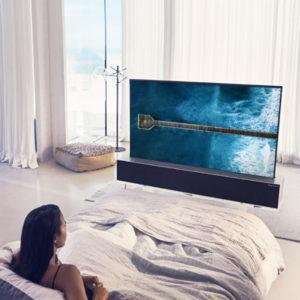 Ohebný OLED televizor – konečně pořádná inovace