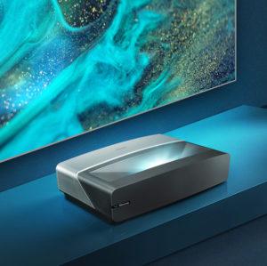 Laserový televizor se zvukem přímo z obrazovky